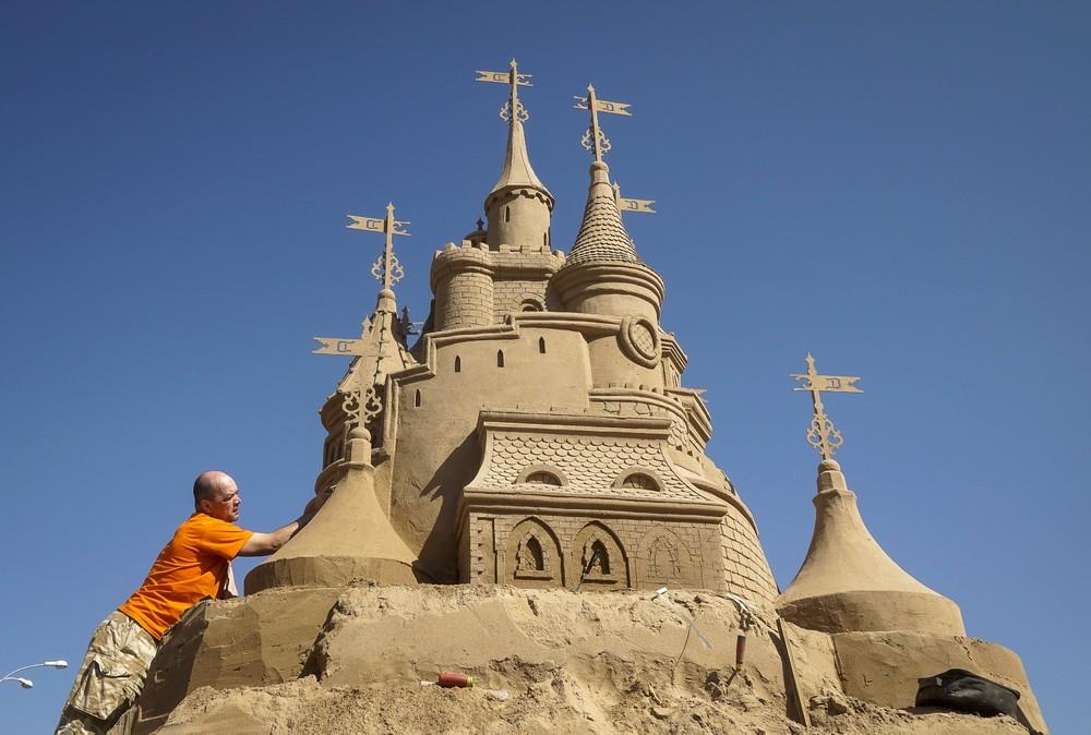 Фестиваль скульптур из песка в Казахстане