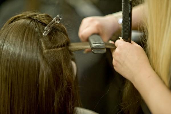 Хорошо выпрямить волосы в домашних условиях