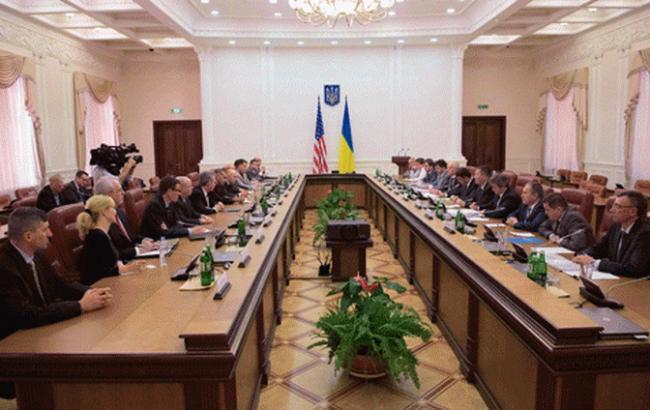 ВУкраину прибыла миссия США пореформе таможни