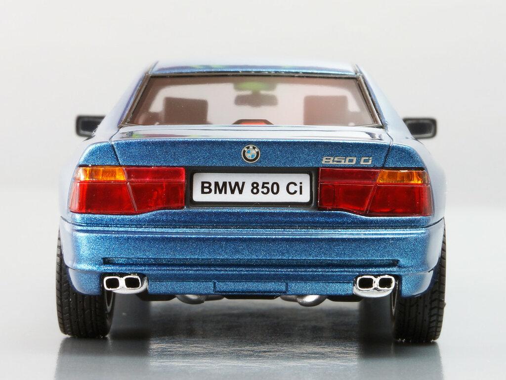 BMW_850Ci_09.jpg