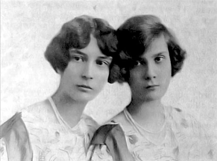Натали Палей с сестрой Ириной.
