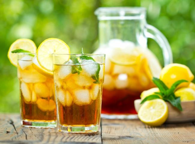 Способ приготовления чая тут. Вам понадобится: 5чайных ложек зеленого/черного чая 1,5л воды 4-5ст