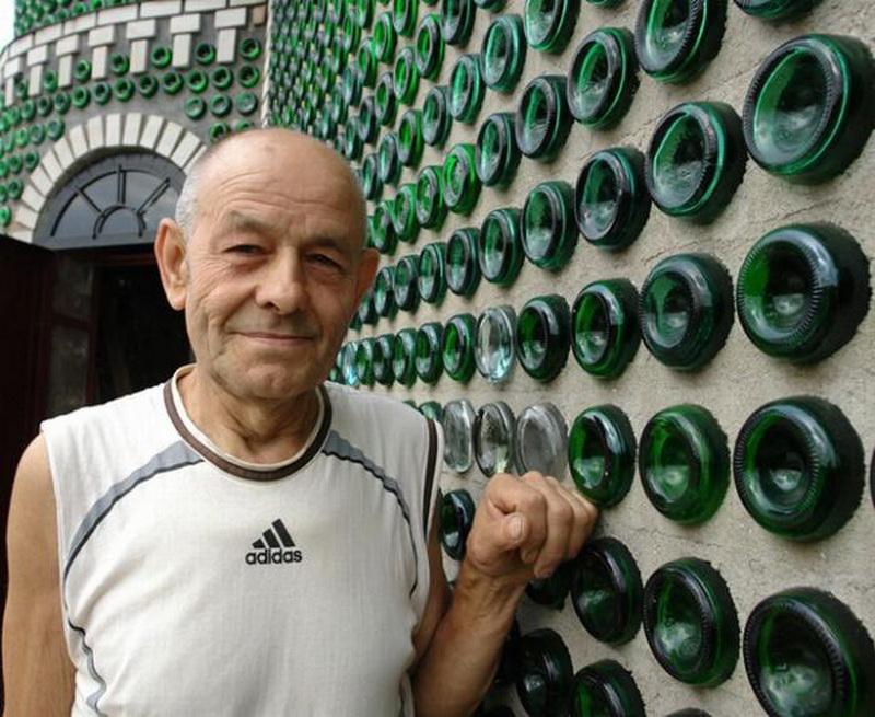 2. «Мечтать о собственном бутылочном доме я начал еще в средине восьмидесятых годов, когда узна