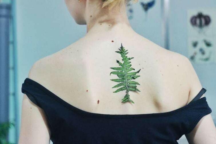Настоящие растения под кожей вместо татуировки (Рита Золотухина из Киева)