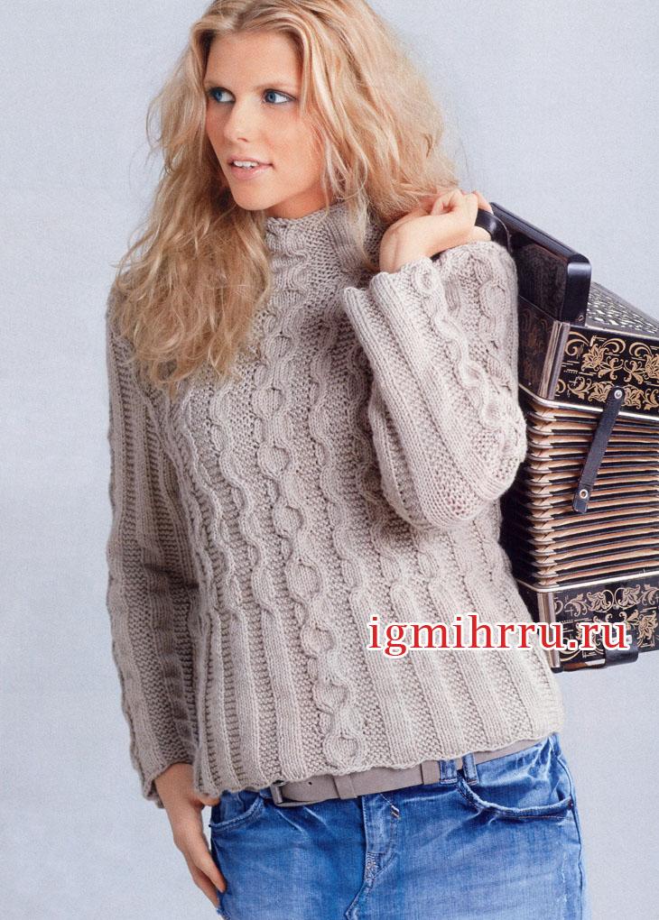 Теплый пуловер кремового цвета с косами. Вязание спицами