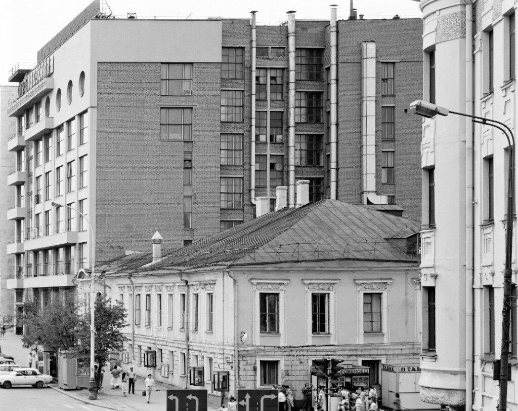 13392 Пушкинская площадь. «Известия» 1980-е Игорь Пальмин.jpg