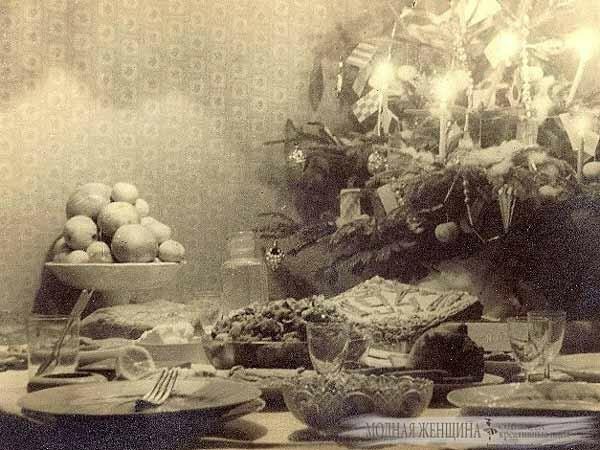 Праздничный-новогодний-стол-001.jpg