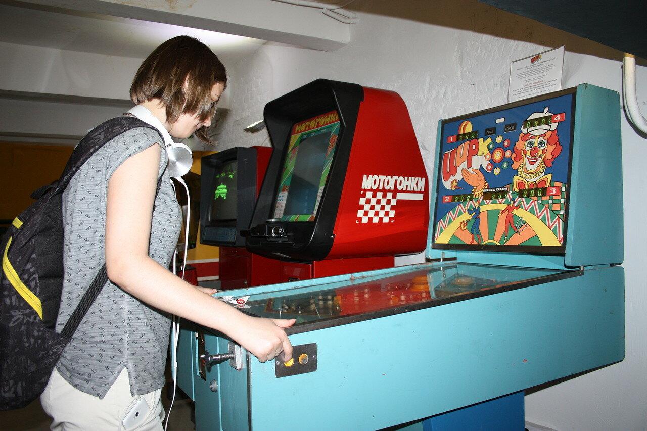 Игровые автоматы для детей в варшаве игровые автоматы слоты мега джек