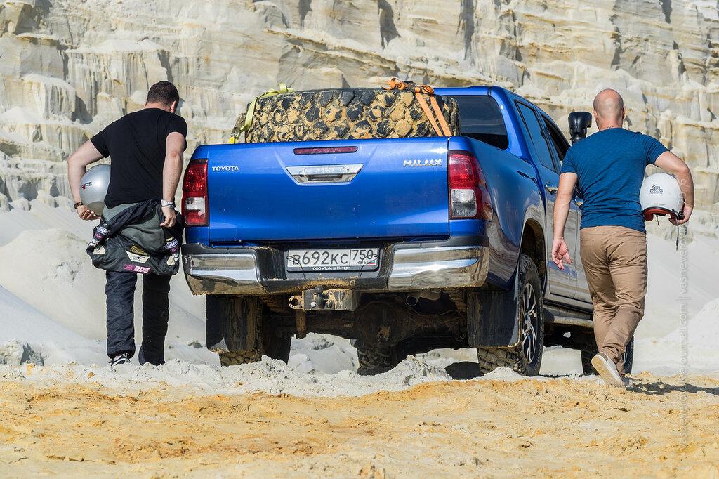 Toyota Hilux предельное напряжение Никита Панфилов Евгений Ружейников