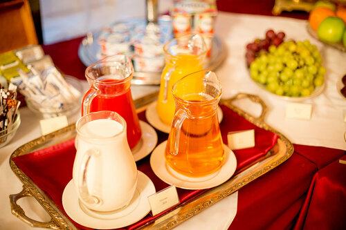 Завтрак - шведский стол