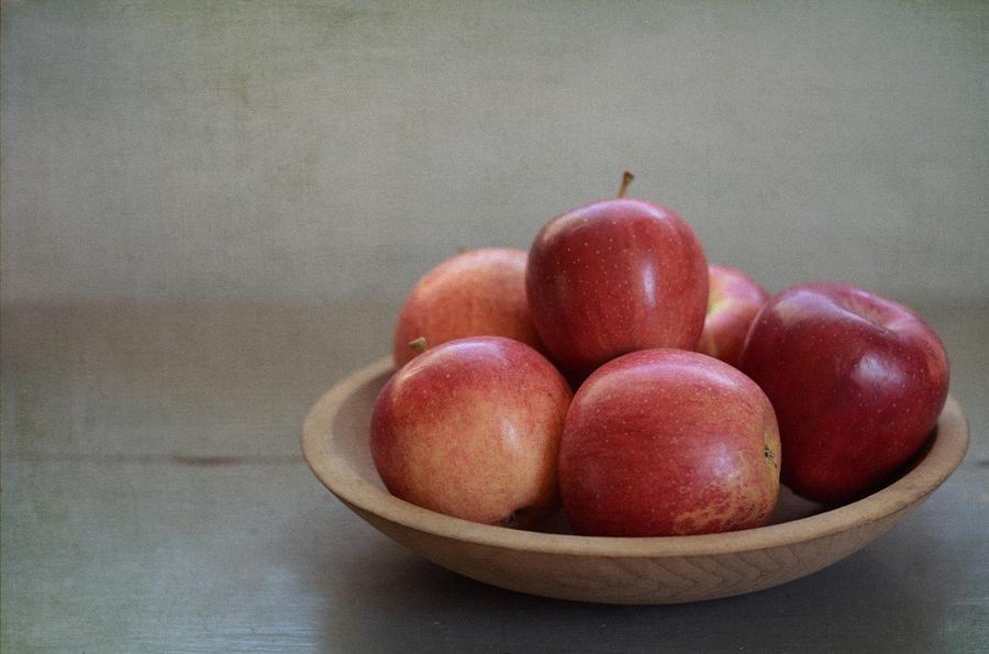 12. И один миллиард яблок.