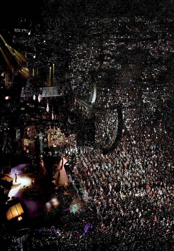 16. Мадонна, 2001 год