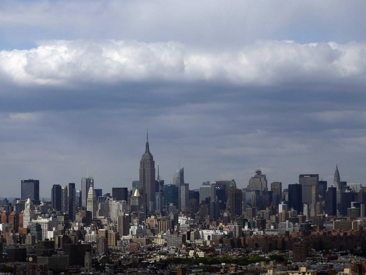 78. Полетайте на вертолете над Нью-Йорком.
