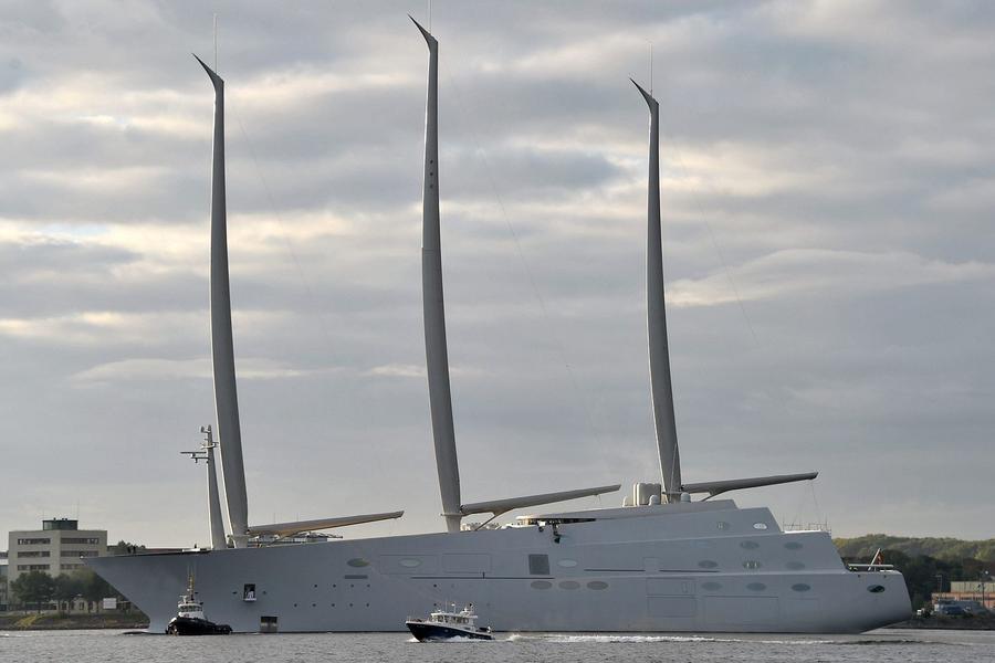 7. Андрей Мельниченко – парусный корабль за 400 тысяч долларов Это шикарное судно имеет длину 143 ме