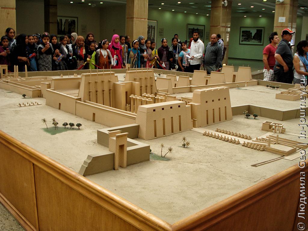 макет храма Карнак