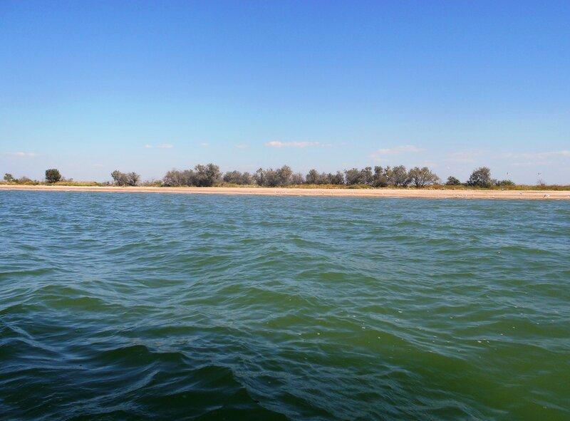 Волны и берег ... DSCN9152.JPG