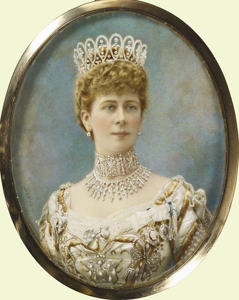 Queen Mary (1867-1953).jpg