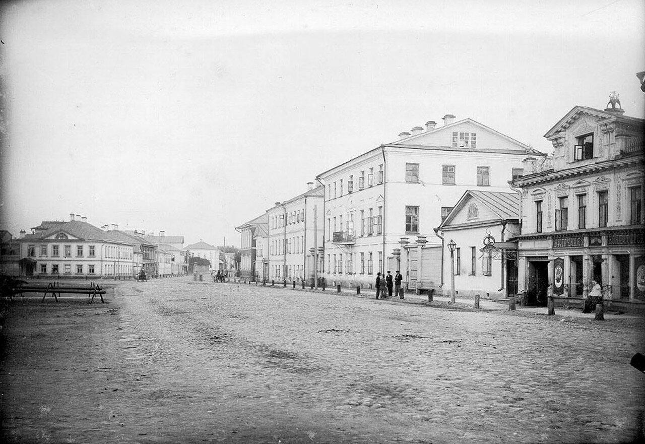 Вид на улицы Крестовая и Большая Казанская
