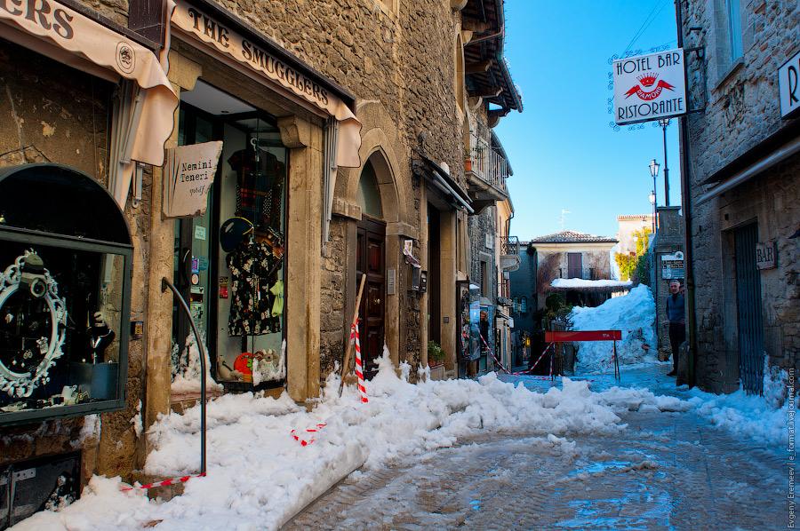 цены в Сан-Марино в основном не ниже, чем в итальянских аутлетах