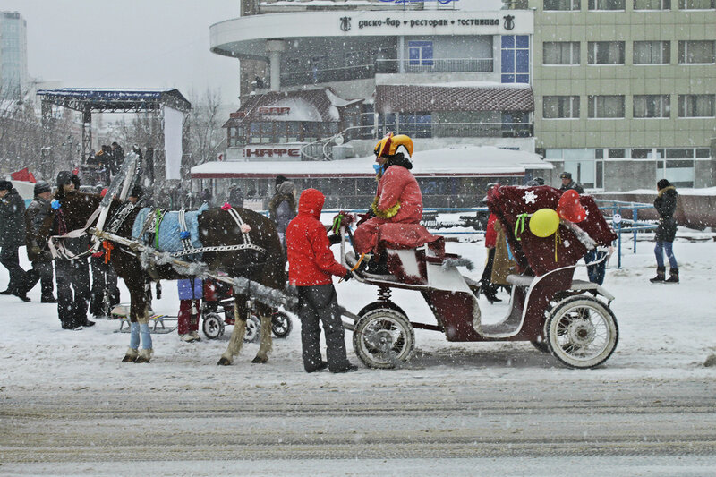 'Карету мне, карету', Саратов, 26 февраля 2012 года