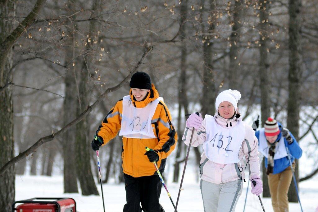 Ретро-забег «Уступи лыжню!»