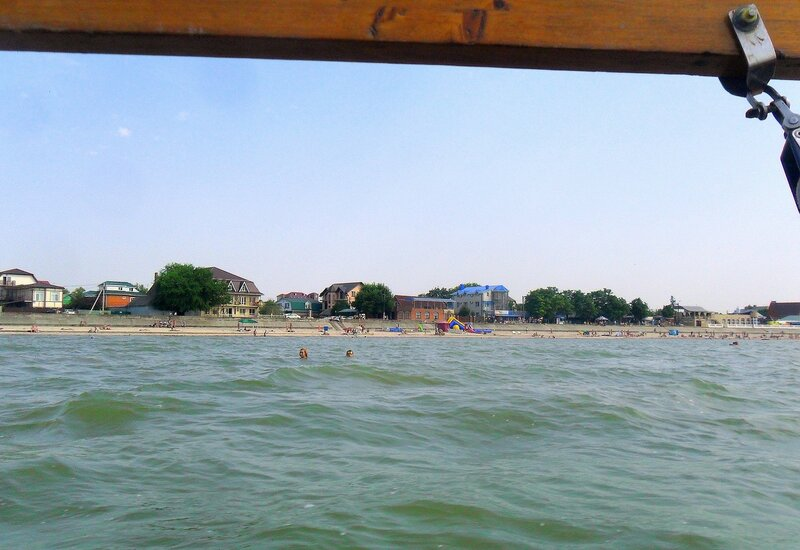 У берега, густо заселённого ... SAM_8432.JPG