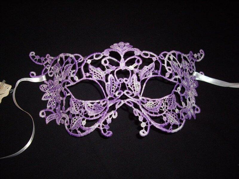 Вязаная карнавальная маска своими руками