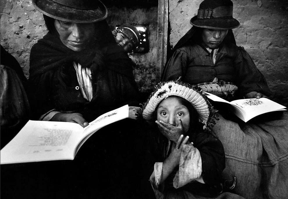 1965 год: занятие для взрослых в Перу. (Ken Heyman)