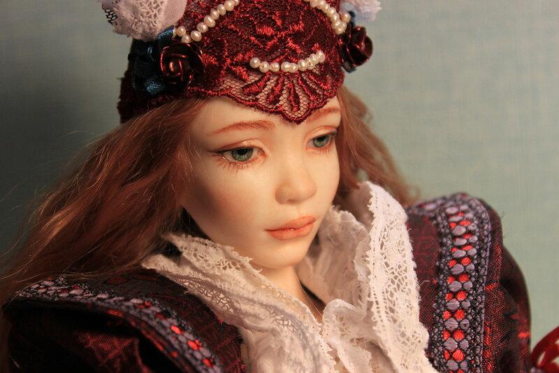 Кукла Инфанта. Фарфор, высота 46 см.