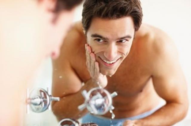 Какими косметическими средствами пользуются мужчины