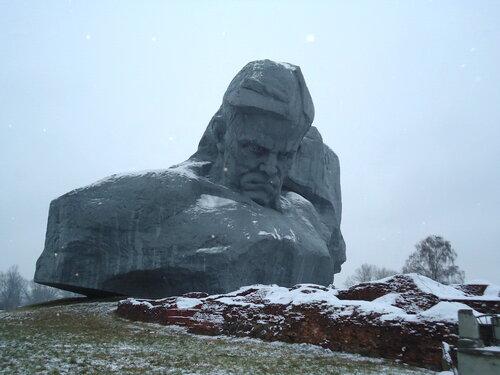 Брестская крепость. Главный монумент