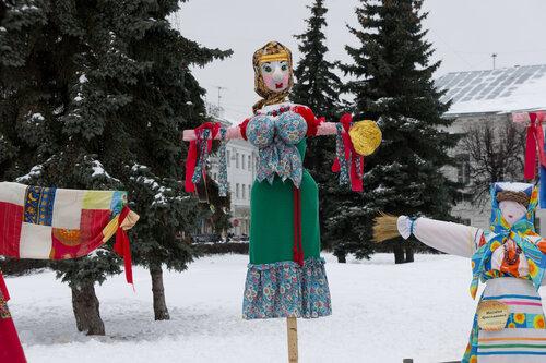 Масленица в Ярославле, чучело масленицы