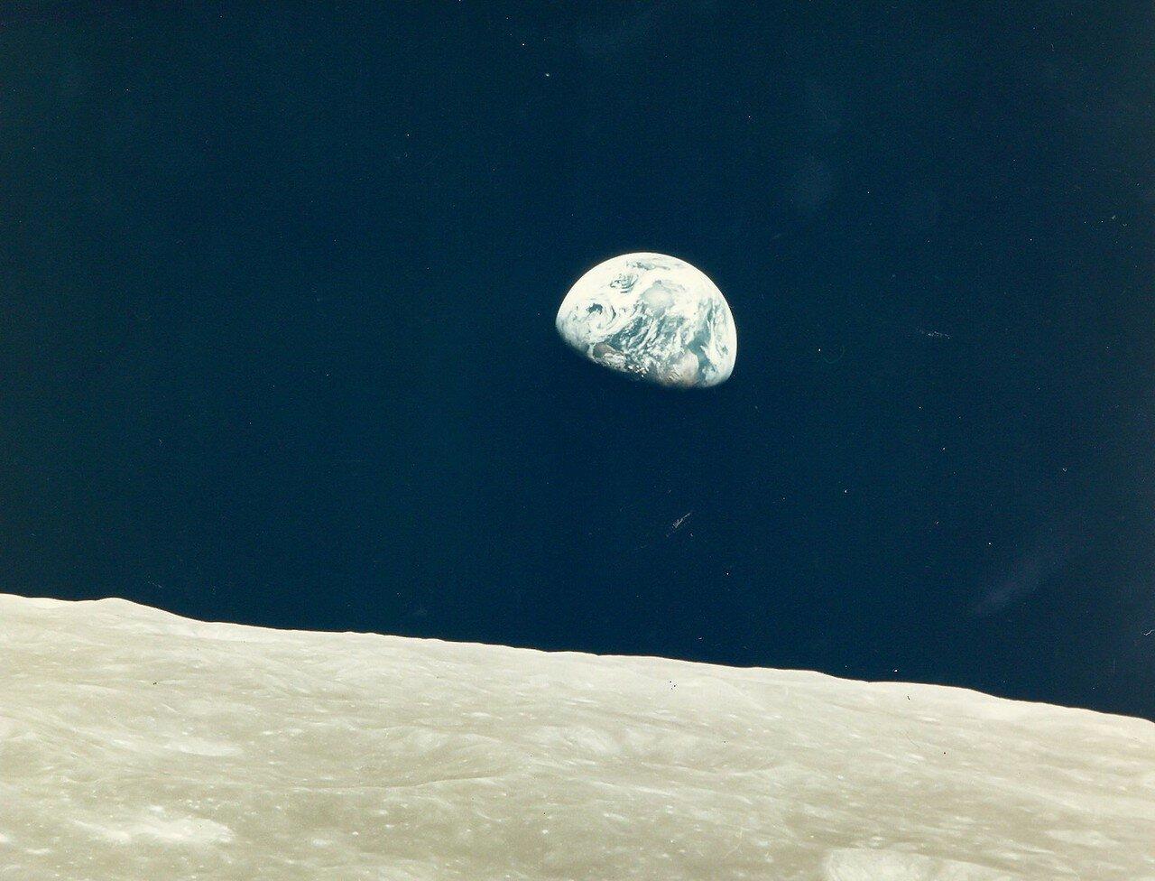 1968. декабрь. Первый восход Земли, снятый живым человеком