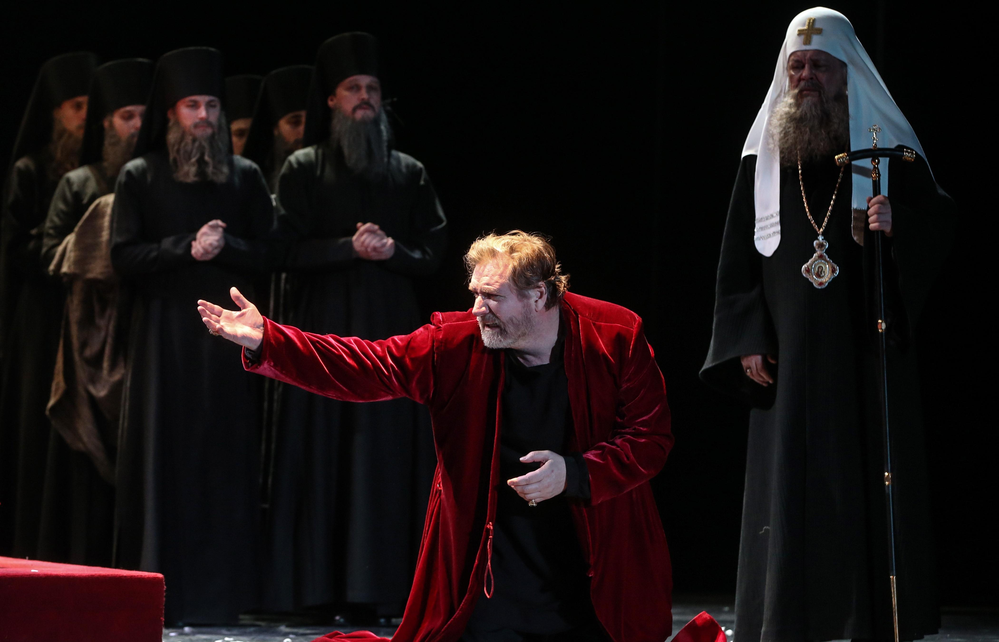 teatr_et_cetera_predstavlyaet_premeru_borisa_godunova_v_postanovke_petera_shtajna.jpg