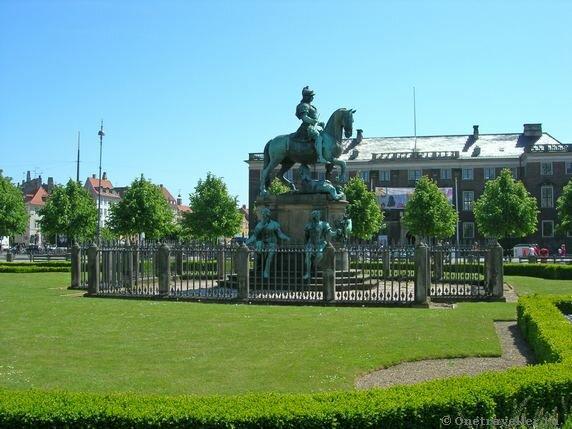 Дания. Копенгаген. Ратушная площадь.
