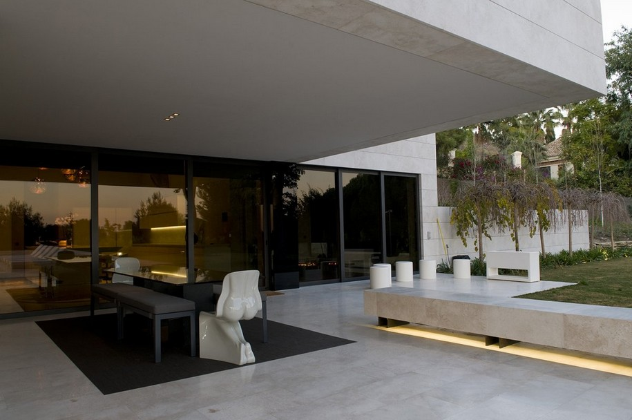 Роскошный особняк Familiar House в Марбелье от A-cero