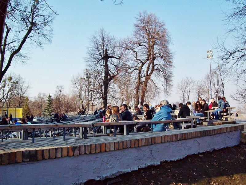 Зрительный зал летней эстрады Мариинского парка