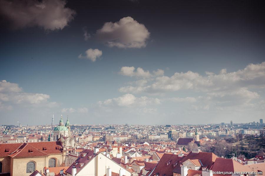 Вид со смотровой площадки на Прагу