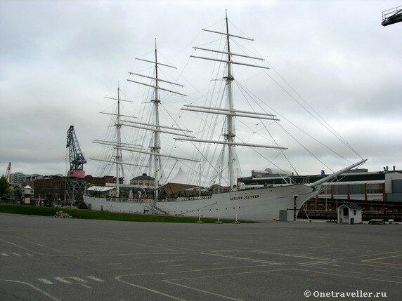 Учебный корабль Военно-морских сил Финляндии в Турку