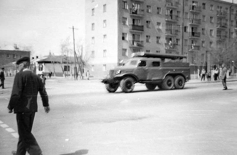 Пожарный автомобиль на улице Б.Хмельницкого, 1967 г., фото А.Колосова