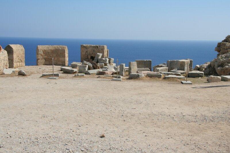 Вид на Средиземное море из древнего Линдоса