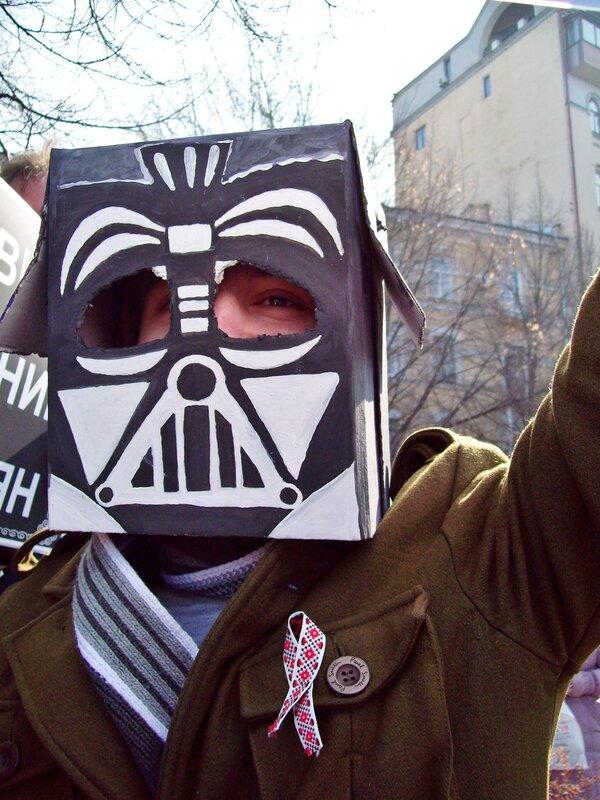 Дарт Вейдер на акции против застройки Пейзажной аллеи