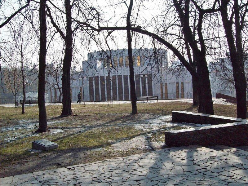 Владимирская горка со стороны Трехсвятительской