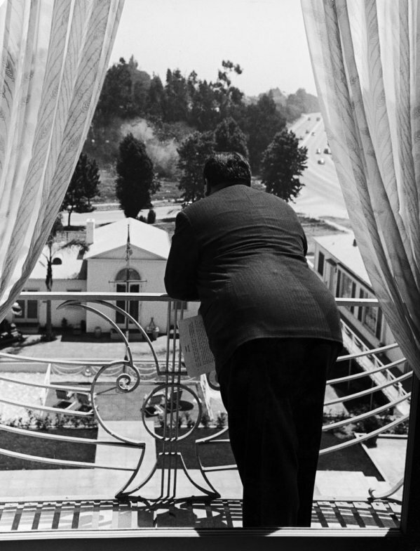 Alfred Hitchcock .Peter Stackpole photographer