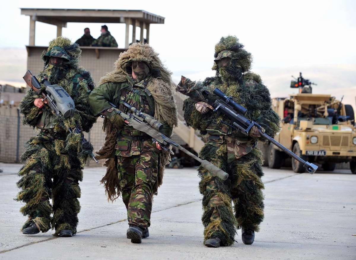 Потомки оборотней и леших: Грозные снайперы в парадном строю