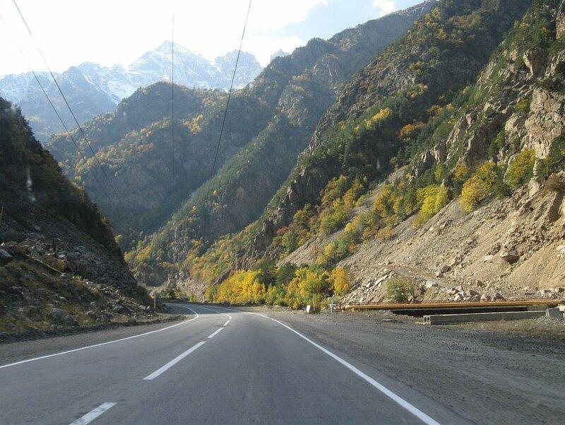 """Северная Осетия. Транскавказская автомагистраль (""""Транскам""""), Алагирское ущелье. (IMG_9674.JPG)"""