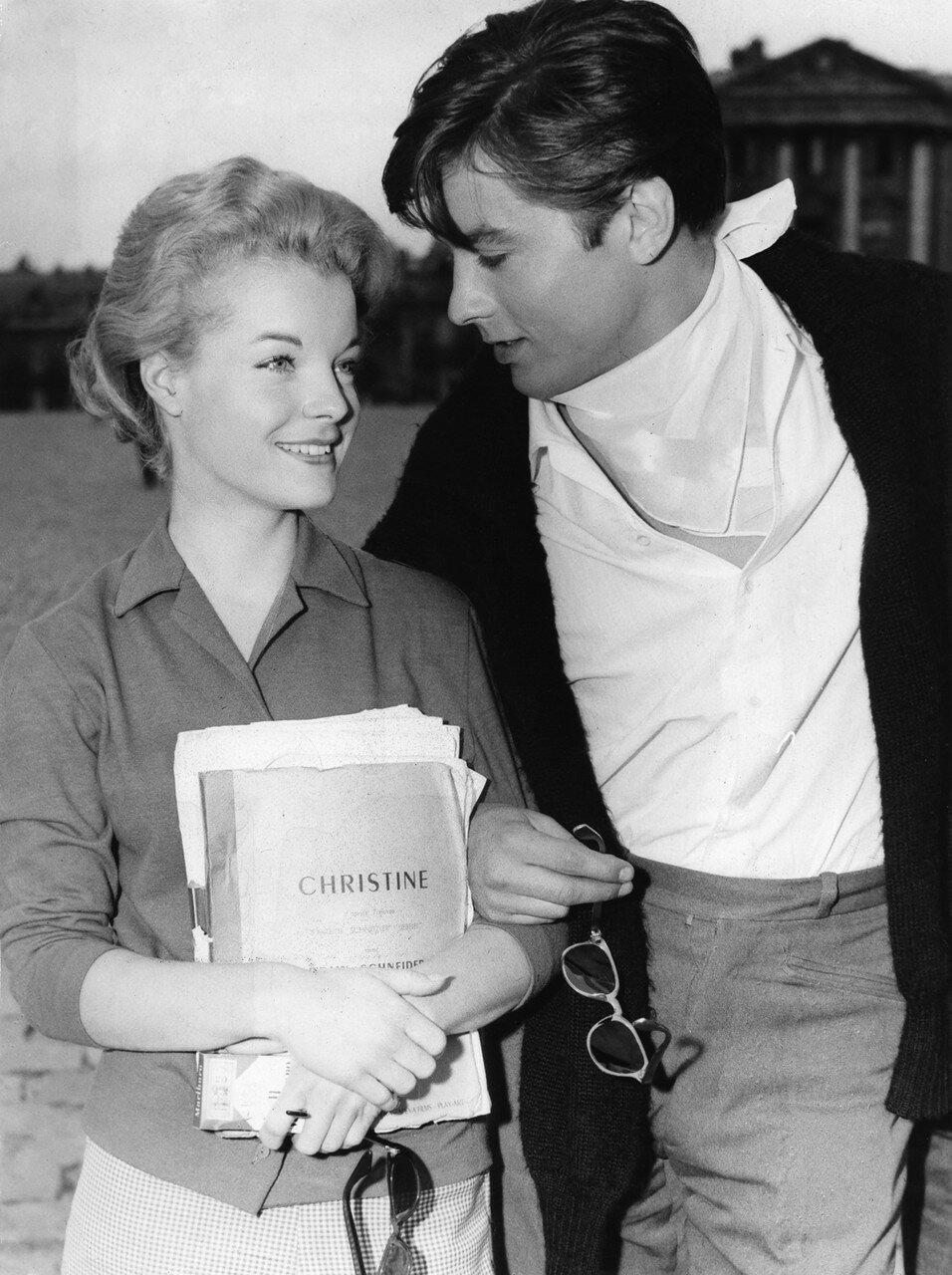 1958. Делон с Роми на съемках фильма «Кристина»