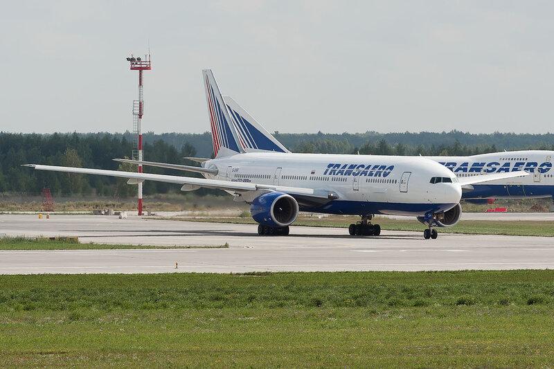 Boeing 777-222ER (EI-UNW) Трансаэро DSC2905