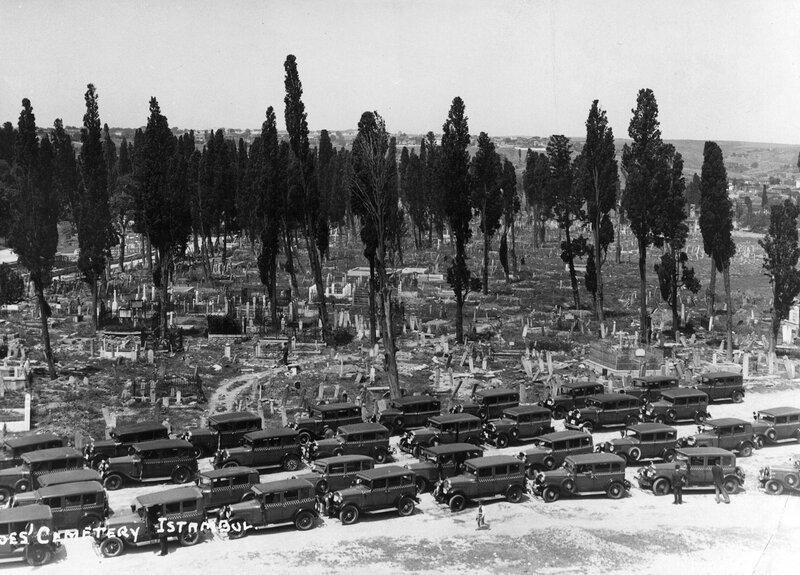 Cemetery in Instanbul