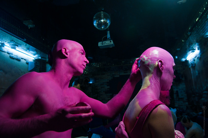 Heta unga tjejer matchmaking i monon nattklubbar image 1